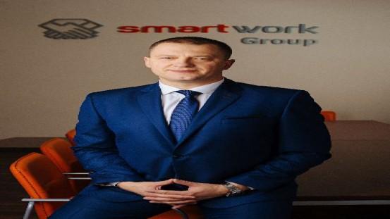 Mariusz Hoszowski, Prezes Smart Work.