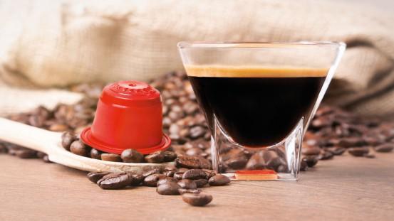 Kapsułki do kawy – jedna z możliwości zastosowania surowca M·VERA® GP1012