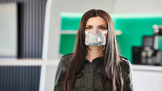 The high-quality LSR and PP mouth and nose mask was developed by Arburg itself and realised with partners.